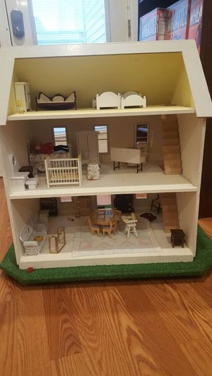 Doll house for Sale in Revere, MA