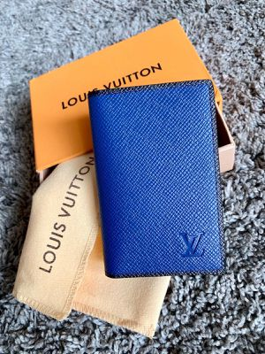 Louis Vuitton Wallet for Sale in Virginia Gardens, FL