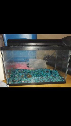 Fish tank comes everything read describe for Sale in Compton, CA