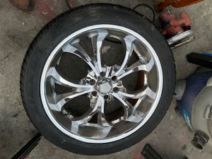 P305/40R23 $$$$$$200 for Sale in Long Beach, CA