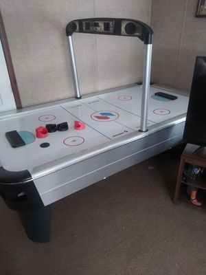 Air hockey table for Sale in Waxahachie, TX
