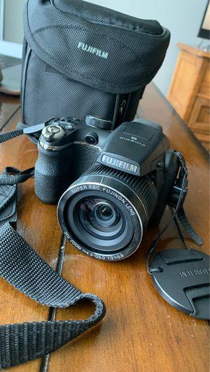 Fujifilm finepix s4000 digital camera for Sale in Durham, NC