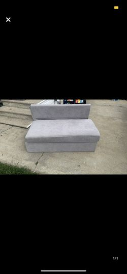 Small couch / dog bed for Sale in Sellersburg,  IN