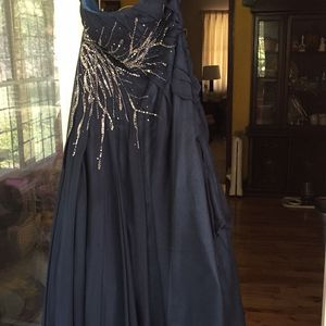 Joli Pro Size 16/18 Prom/Special Event Dress/Gown for Sale in Kennesaw, GA