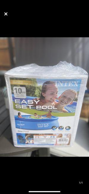 Intex pool for Sale in La Grange Park, IL