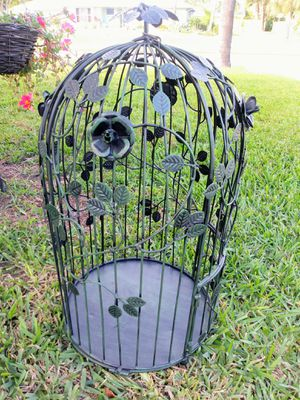 "Green metal decorative BIRD CAGE 23"" for Sale in Sebastian, FL"