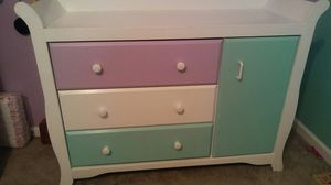 Dresser/ changing table for Sale in Stafford, VA