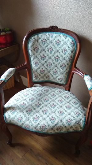 Hand carved Rosewood Lewis XV 1900 parlor chair tapestry fautevil genuine antique $600 or better offer for Sale in Keizer, OR