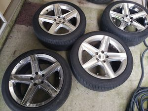 5-spoke Chrome and alloy wheels for Sale in HVRE DE GRACE, MD