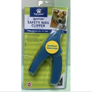 Top Paw® QuickFinder® Safety Dog Nail Clipper, Medium, for dogs 40-75 Lbs for Sale in San Leandro, CA