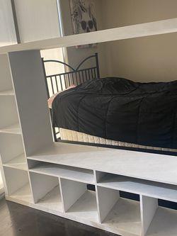 Free ikea Shelf for Sale in Los Angeles, CA