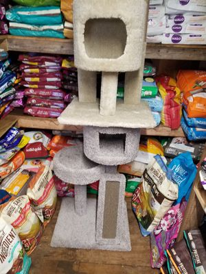 Cat towers for Sale in Monrovia, MD