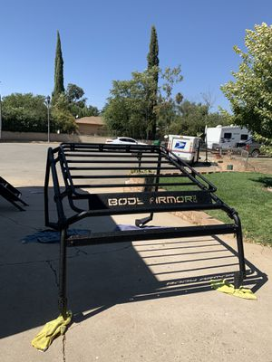 Jeep part - Roof Rack - Body Armor 4x4 Overlander and cargo basket for Sale in Beaumont, CA