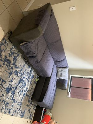 Grey couch for Sale in Miami, FL