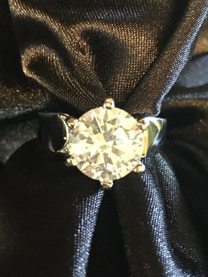 Simulated White Gemstones in Wedding Engagement 925 Silver Crown Ring Size 7 & 8 for Sale in Raymore, MO