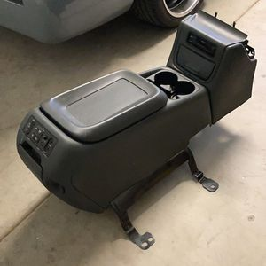 Chevy/gmc Center Console for Sale in Gilbert, AZ