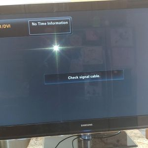 52 Inch Samsung Smart Tv With Remote And Power Cord for Sale in Sunrise, FL