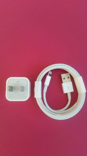 (2m) Brand New Original Apple IPhone Charger for Sale in Lincoln Acres, CA