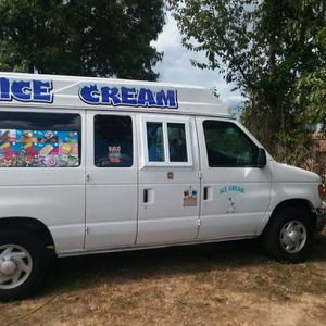Ice cream truck for Sale in Morrow, GA