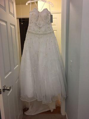White wedding dress - never worn for Sale in Centreville, VA