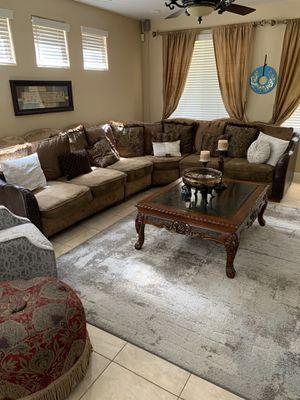 Elegant sectional for Sale in Clovis, CA