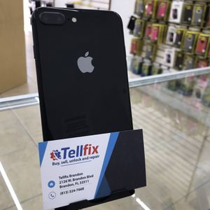 iPhone 8 Plus 64GB Unlocked For Any Carrier for Sale in Brandon, FL