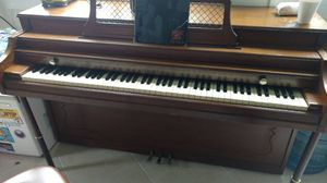 Free piano in 19070 for Sale in Springfield, PA