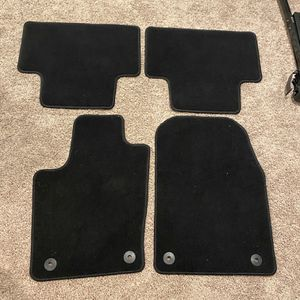 2020 Jeep Grand Cherokee Altitude Floor Mats for Sale in Olympia, WA