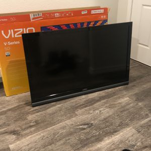 Vizio 49 inch TV for Sale in Fort Worth, TX