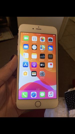 iPhone 6s Plus for Sale in St. Petersburg, FL