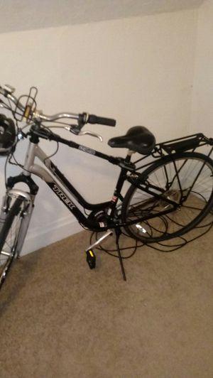 Saris Trek 7100 Bicycle for Sale in Pittsburgh, PA