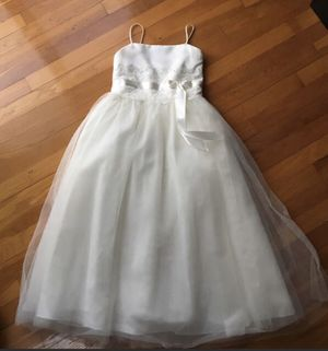 Antique whites girl's dress and accessories for Sale in Queens, NY