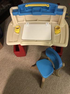 Kids desk step 2 for Sale in Chicago, IL