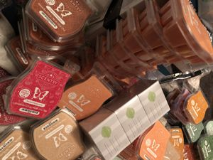 Need Scentsy bars and more! for Sale in Grand Prairie, TX
