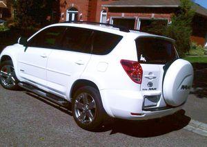 2007 Toyota Rav4 /Great Shape. 4WDWheelss for Sale in Santa Ana, CA
