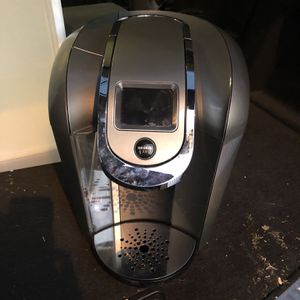 Keurig K350 2.0 - Carafe Included Touch Screen for Sale in Santa Monica, CA