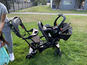 Graco Sit N' Stand Double Stroller for Sale in Tacoma, WA
