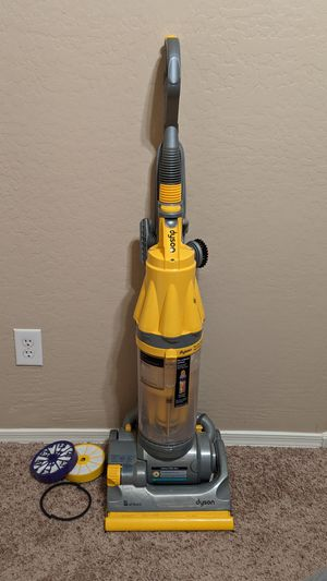 Dyson DC07 Vacuum Cleaner Extra Filters Great Condition for Sale in Laveen Village, AZ