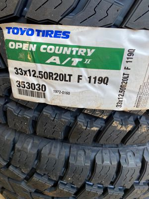 33x12.50r20 AT toyo for Sale in Midland, TX