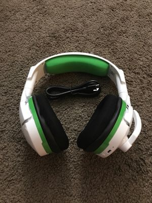 Turtle Beach Stealth 600 White Wireless Surround Sound Gaming Headset for Xbox One for Sale in Corona, CA