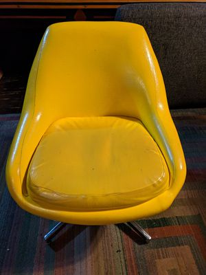 Mid-century swivel chair for Sale in Portland, OR