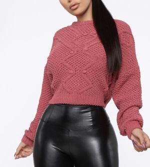 Fashion Nova Sweater L for Sale in Los Angeles, CA