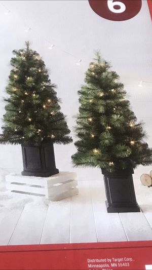 2 3.5ft potted prelit Christmas tree for Sale in Los Angeles, CA