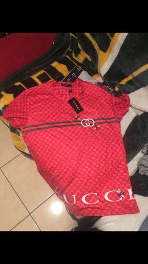Gucci shirt Size M for Sale in Alexandria, VA