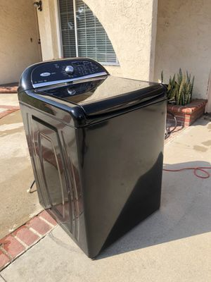 Whirlpool cabrio working excellent condition washer dryer Gas for Sale in Cerritos, CA