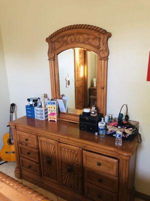 4 PIECE QUEEN BEDROOM SET !!! for Sale in Stockton, CA