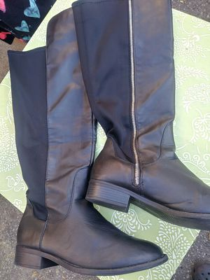 Womens boots black faux leather size 10 for Sale in Woonsocket, RI