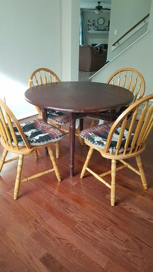 Antique breakfast Table for Sale in Houston, TX