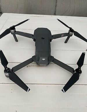 DJI Mavic Pro Platinum Fly More Combo Drone. Condition is Used like new. for Sale in Glenbrook, NV