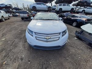 Chevy volt 2012 only parts engine and transmission good for Sale in Miami Gardens, FL